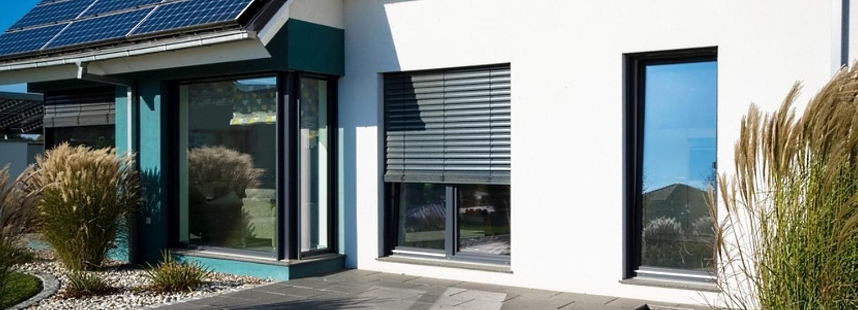 balkont r entdecken auf. Black Bedroom Furniture Sets. Home Design Ideas