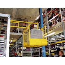 Bühnenlift, befahrbar, 2 Rampen, Traglast 300 kg, Plattform BxT 1300x900 mm, Hubhöhe 50-2500 mm, Farbe Säule/Plattform RAL 5012/RAL 1004